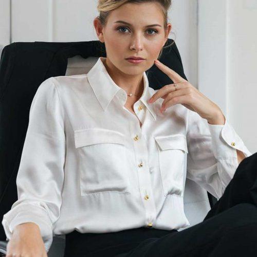 Powerful sexy business women in Carlton